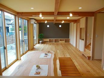 所沢市天然木リビング無垢テーブル