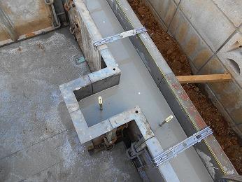 新築基礎立上りコンクリートレベラー施工後
