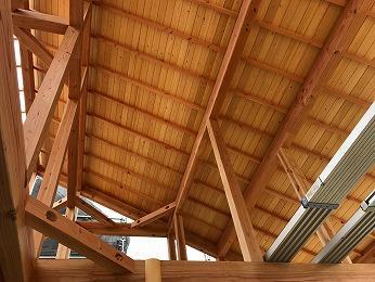 所沢市無垢材新築化粧野地赤松室内側