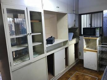 築35年キッチンカップボード食器棚