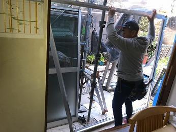所沢市築40年耐震改修工事サッシ入れ替え