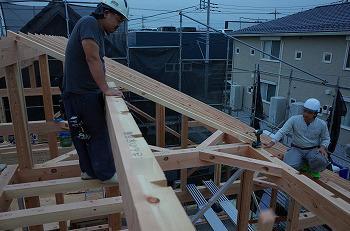 新築屋根垂木工事