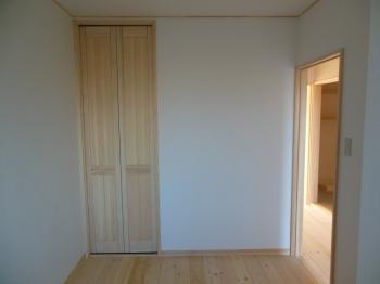 マンション天然木折戸