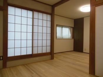和室リフォーム 桐の床板