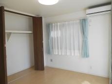 1階寝室.jpg