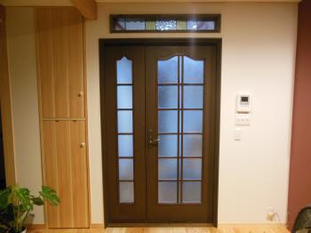 リビング親子ドア