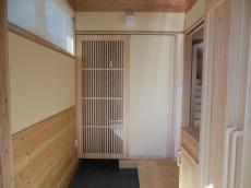 天然木の新築玄関土間収納