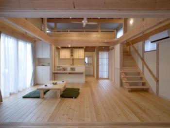 ロフトのある天然素材の平屋は、とても快適な空間となりました。