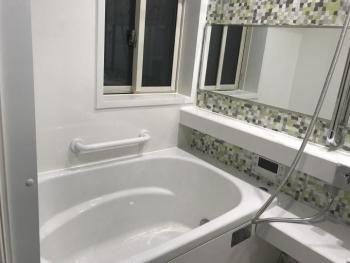 あたたかいユニットバスで、毎日の入浴が快適になりました。